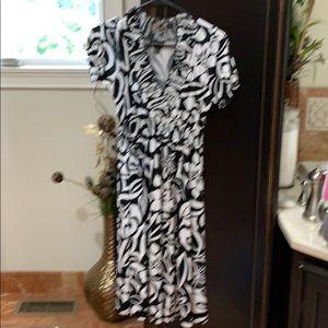 Enfocus black and white summer dress